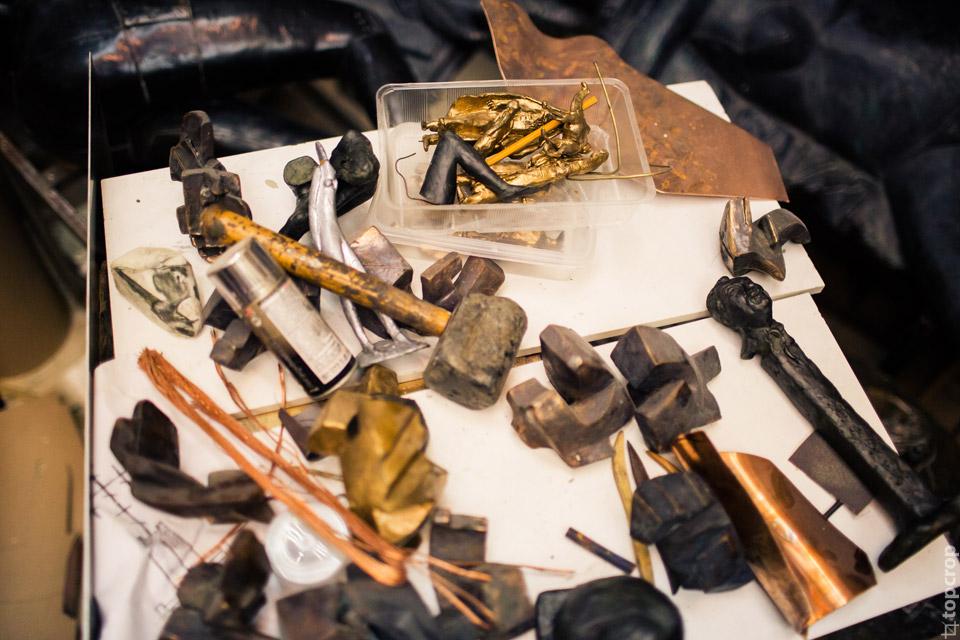 Инструменты скульптора Георгия Франгуляна