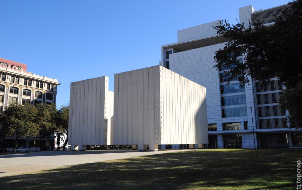 Монумент имени Джона Фицджеральда Кеннеди, Даллас
