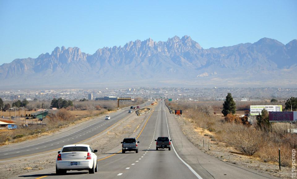 Дорога через штат Нью-Мексико, регион Las Cruces