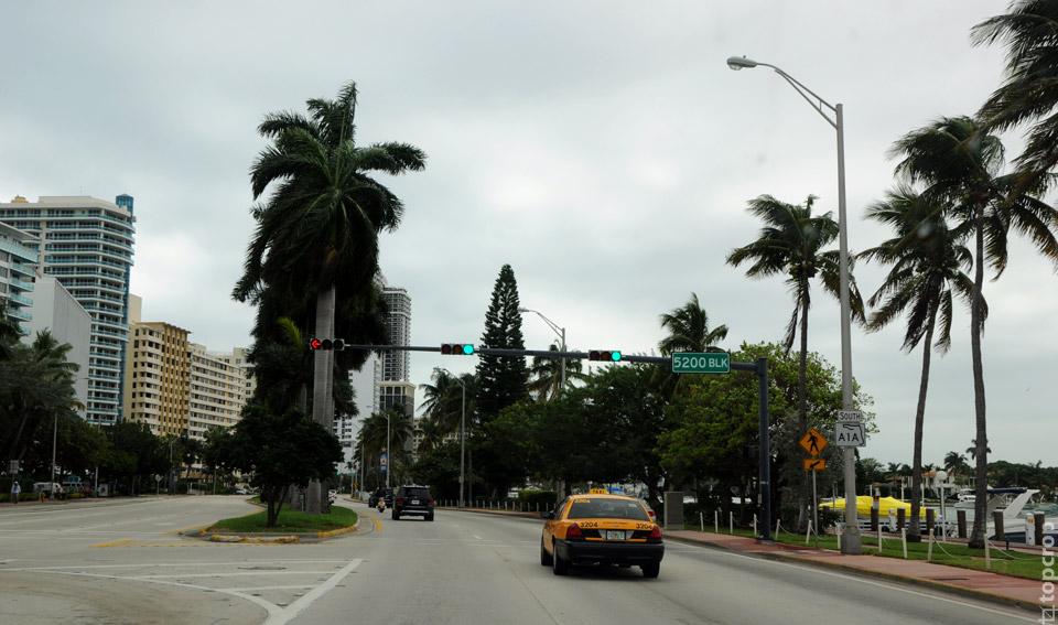 Улица Indian Creek в Маями