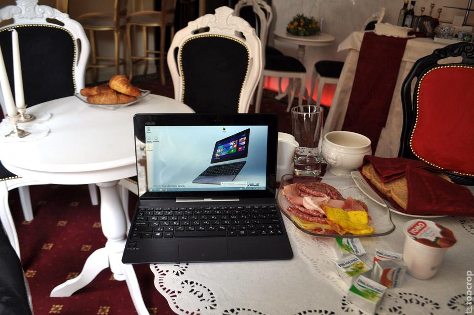Ноутбук Asus с начинкой от Intel