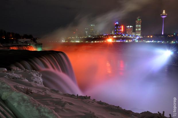 Ниагарский водопад зимой. Ночь. Американский водопад.