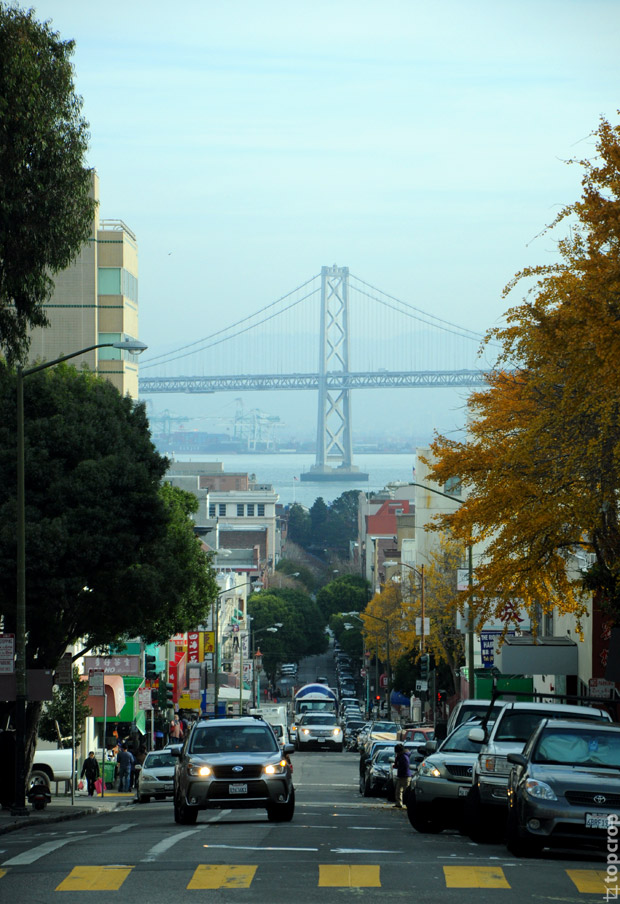 Сан-Франциско, вид на Окленд Бэй Бридж