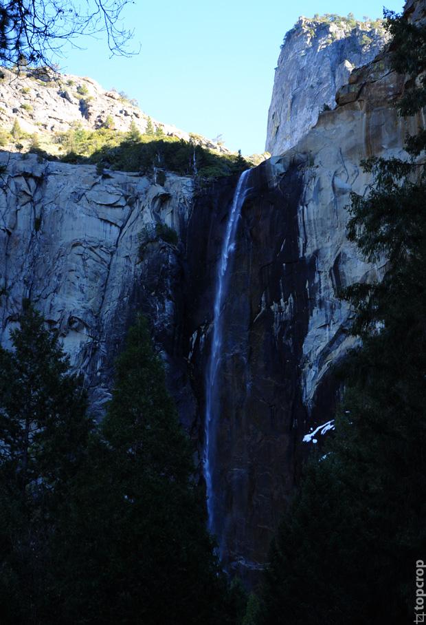 Bridalveil Fall в парке Yosemite