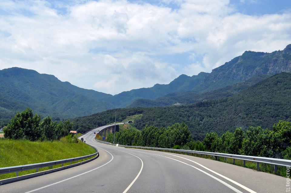Тоннель на европейской дороге