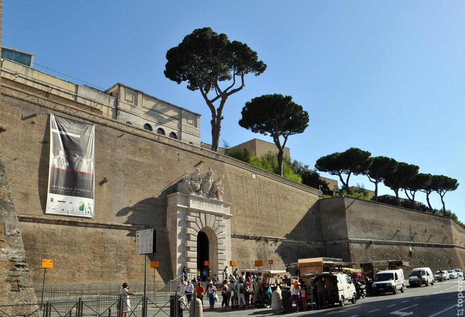 Вход в Ватиканские музем