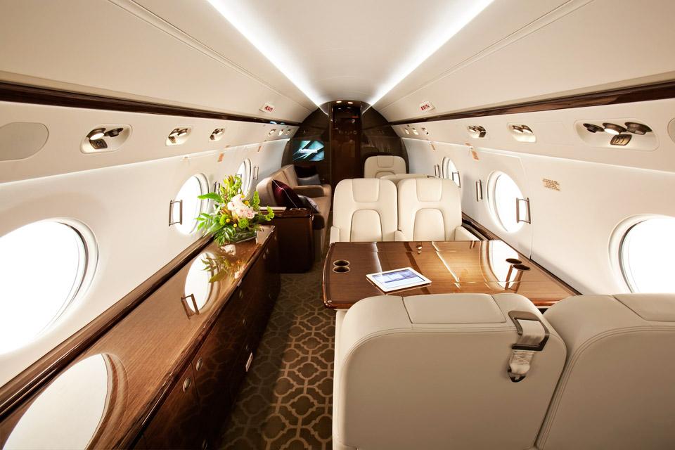 В салоне Gulfstream G550
