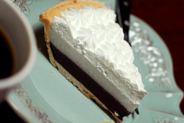 Шоколадно-кокосовый пирог,  гавайская кухня, блюда