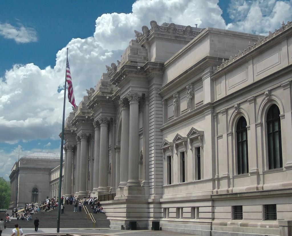 Метрополитен-музей (The Metropolitan Museum of Art) в Нью-Йорке, США