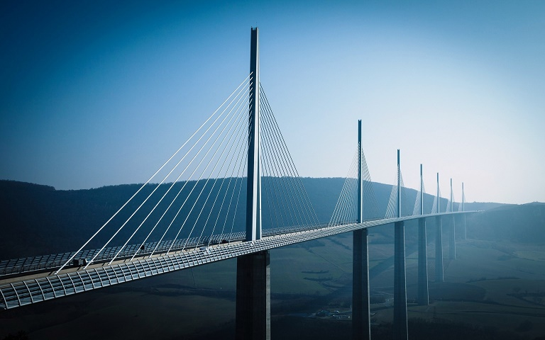 Мост Мийо во Франции Millau bridge France