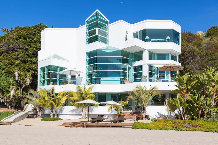 Пляжный дом в Райской Бухте (Paradise Cove Beach House). Малибу, Калифорния, США