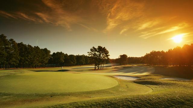 Поле для гольфа № 2, Pinehurst, Северная Каролина, США , гольф