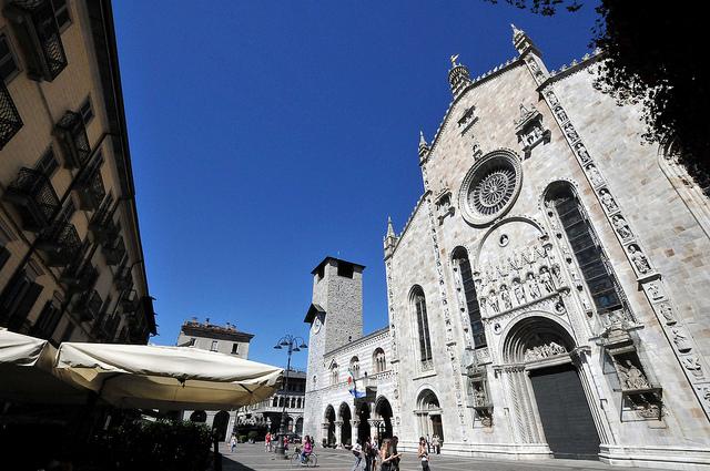Дворец Бролетто, Комо, Италия, путешествия