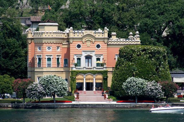 Вилла Фельтринелли, Гарньяно, Италия