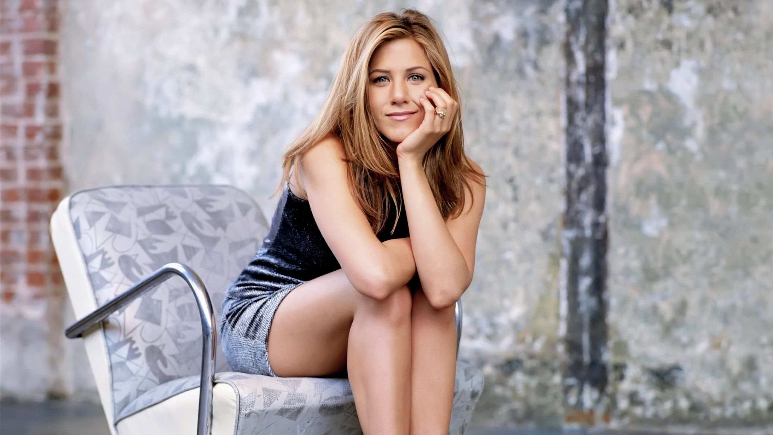 Дженнифер Э́нистон (Jennifer Aniston)
