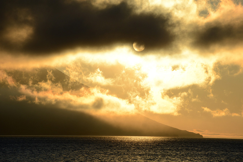 Вулкан, Атсонупури , остров Итуруп, Курилы, путешествия