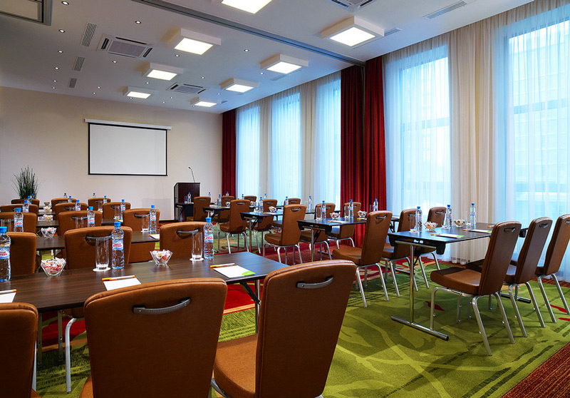 Конференц-зал в отеле 4 звезды Marriott