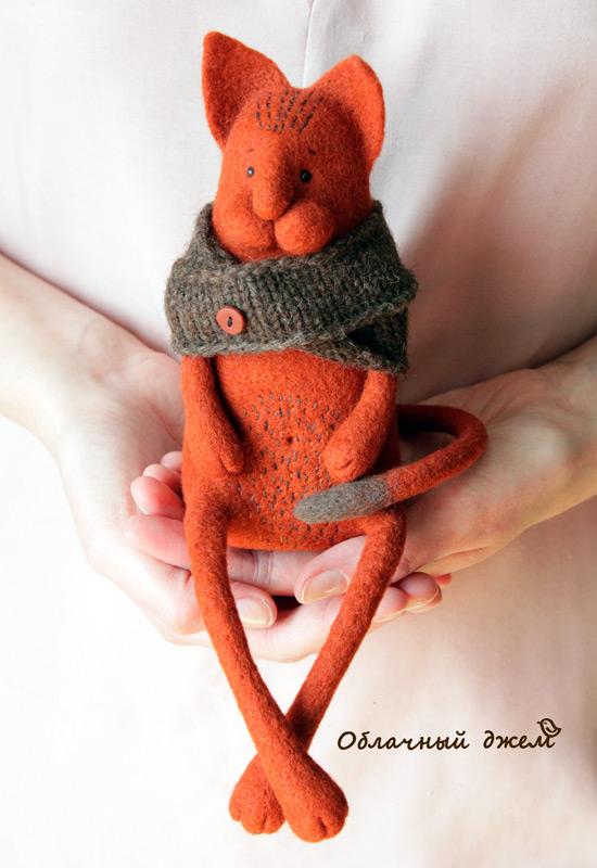 игрушка рыжий кот
