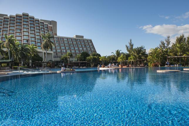 Типичный пейзаж гостиниц Карибского бассейна.