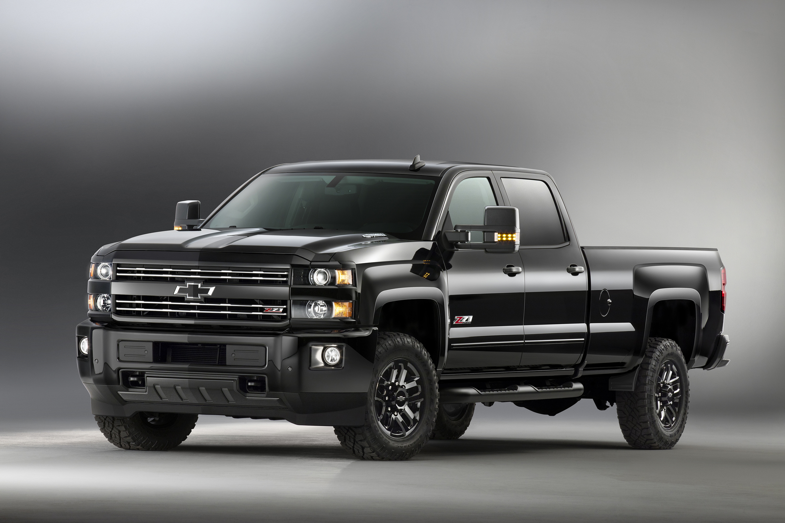 2017 Chevrolet Silverado Midnight edition