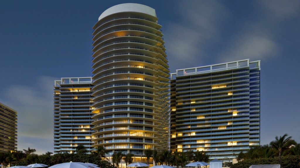 27-этажное здание отеля - символ современного дизайна и архитектуры высокого класса