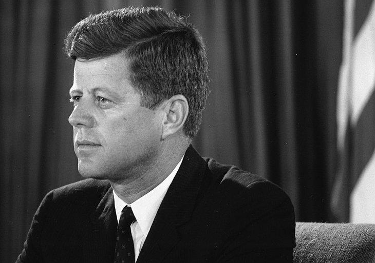 Джон Ф. Кеннеди, 35-й президент США