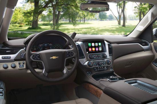 Chevrolet Tahoe с  Apple CarPlay.