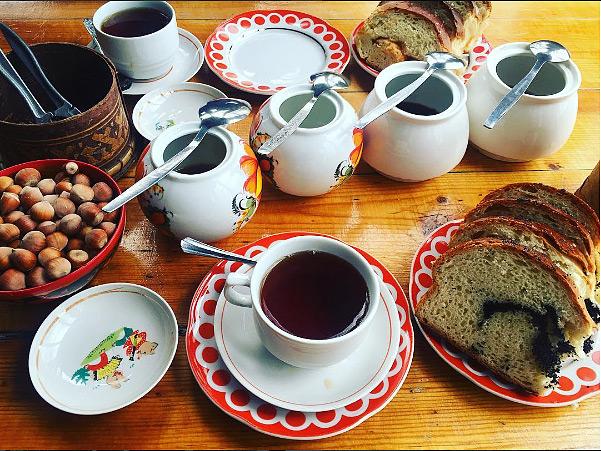 чаепитие с краснодарским чаем