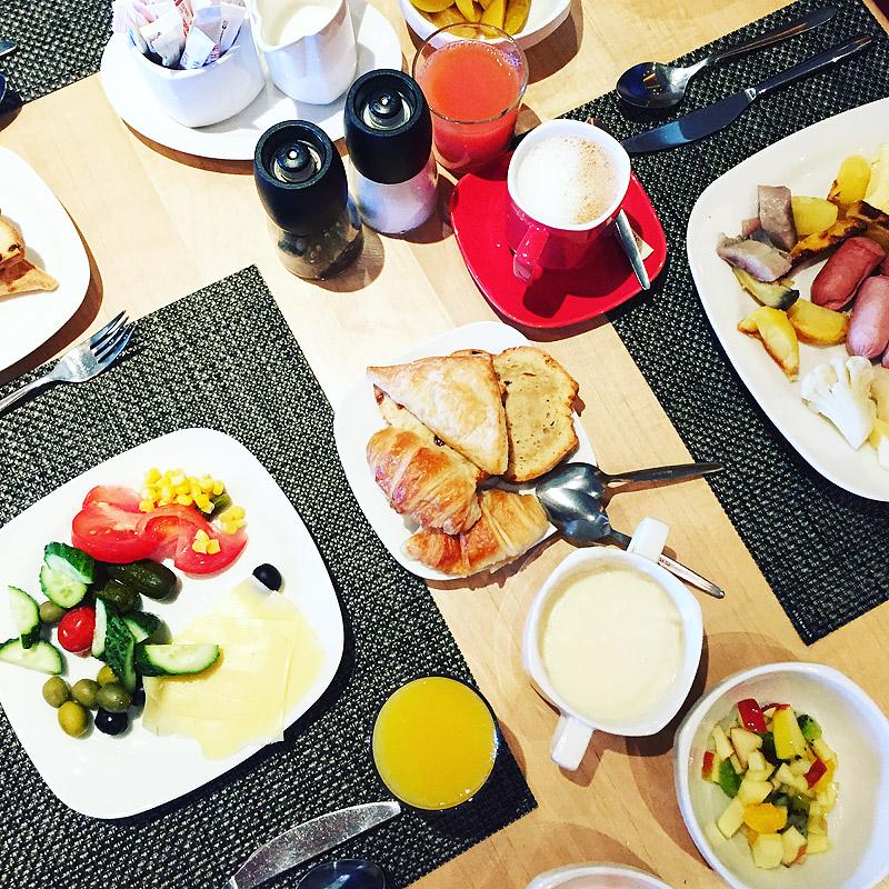 Завтрак в Park Inn