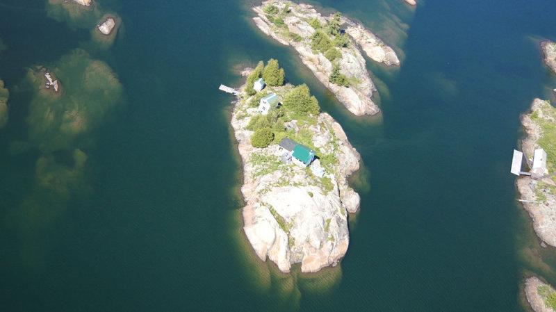 Жемчужный остров в Канаде.