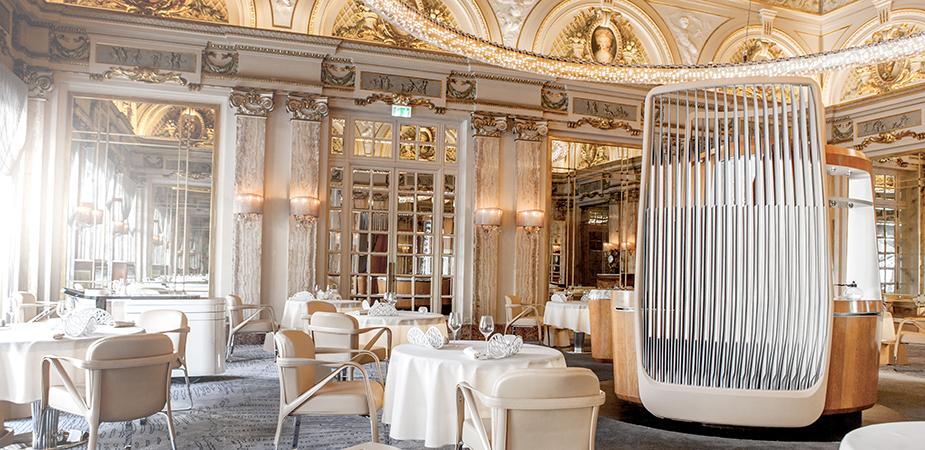 Тонкие вкусы, крепкие соусы и великолепный дизайн Louis XV – Alain Ducasse в Hotel de Paris.