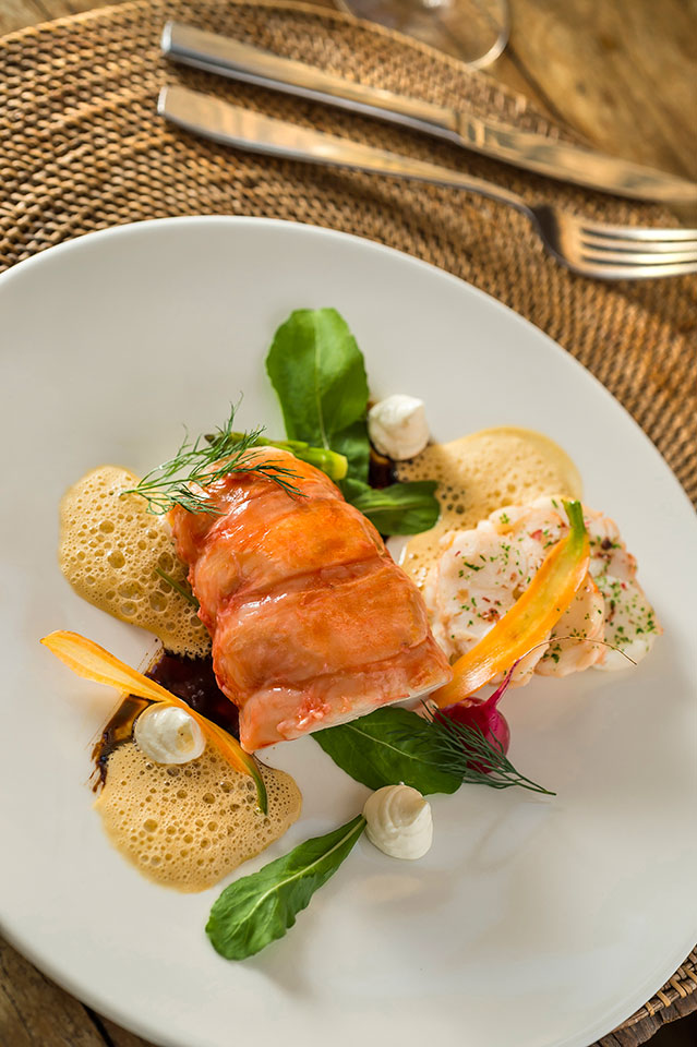 В ресторане отличный сервис и дружелюбное обслуживание.