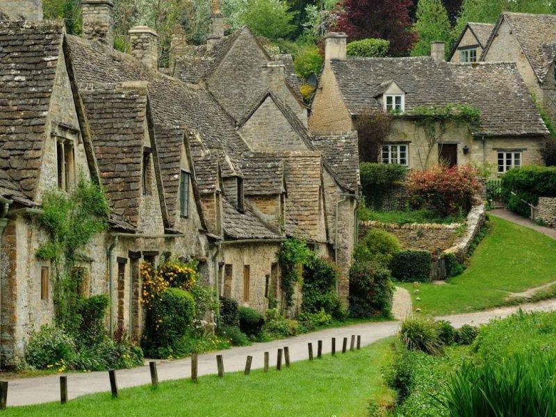 Деревня Бибери, Великобритания