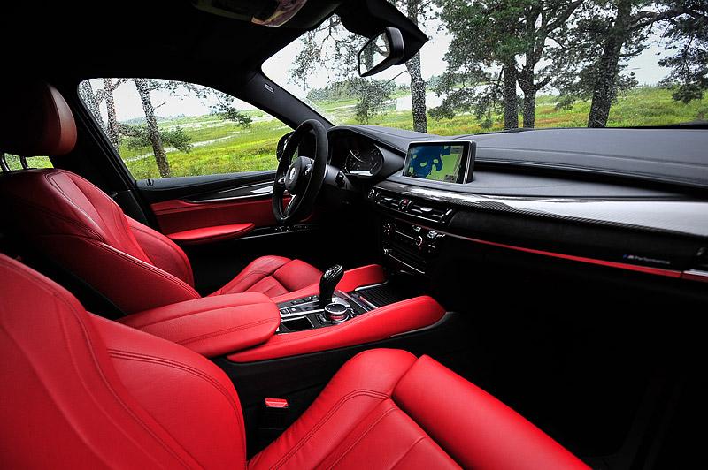 красный салон BMW X6