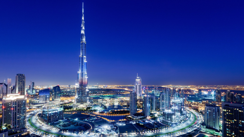 удивительное здание в Дубае