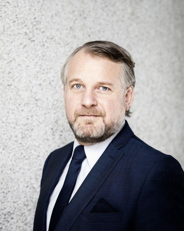 Менеджер года в сфере культурных коммуникаций в Европе.