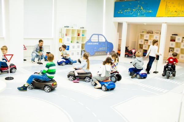 обучение детей безопасности на дороге через игровую форму
