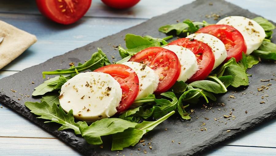 Капрезе - итальянский салат