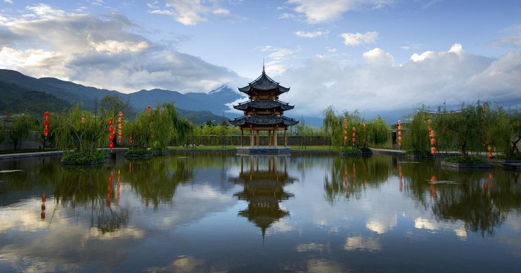 Город Лицзян находится на северо-западе китайской провинции Юньнань.