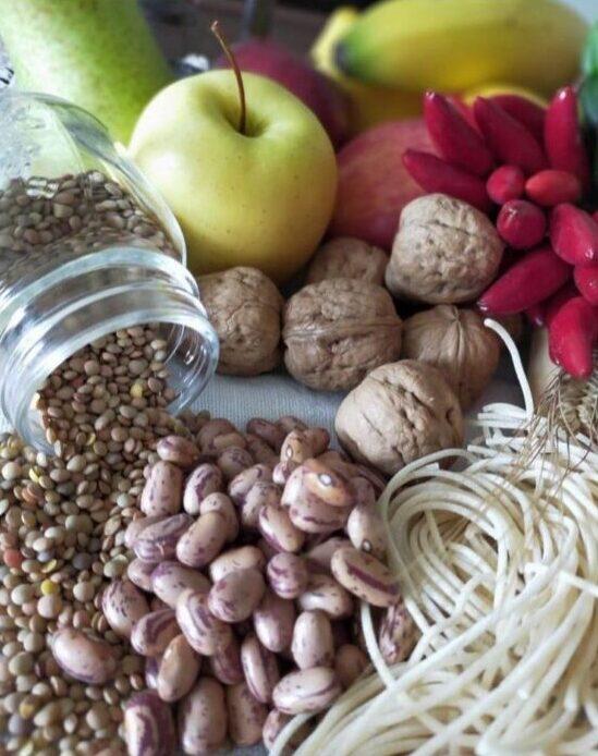 Орехи, бобовые